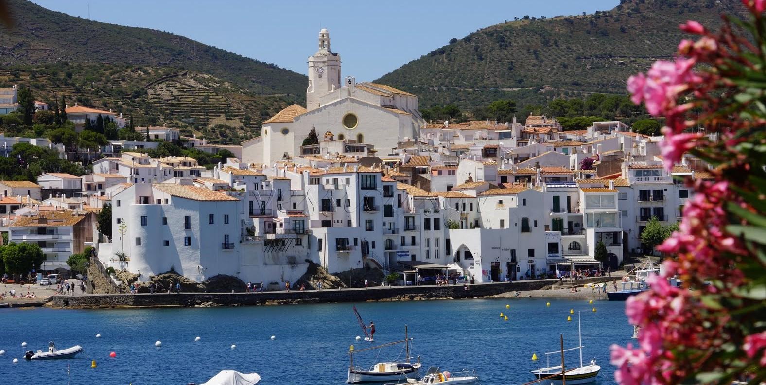 Los 17 pueblos m s bonitos de espa a casatoc toda la - Casas gratis en pueblos de espana ...